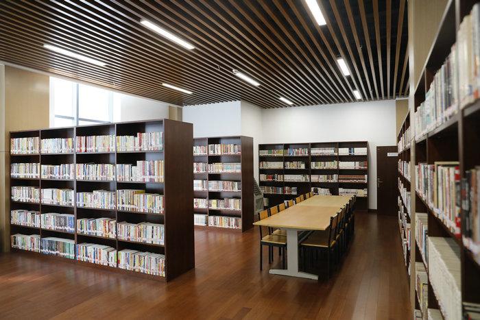 职工阅览室.JPG